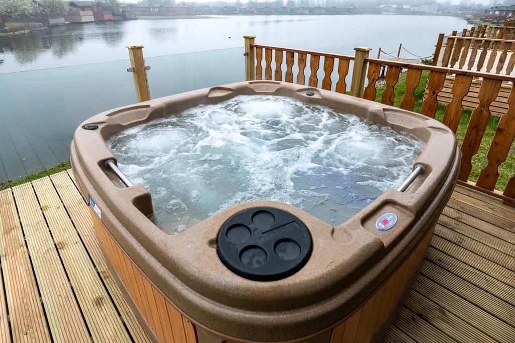Capenwray 20 Hot Tub Lodge